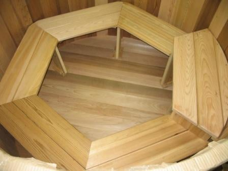 Wood Hot Tub - Electric Heater with jets