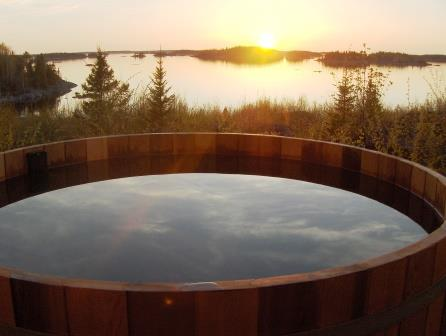 wooden hot tubs Canada