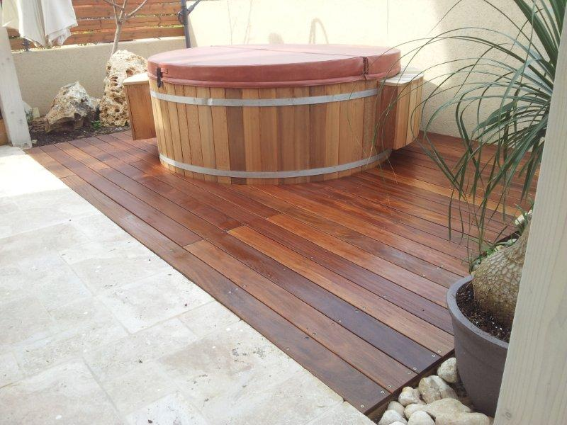 hot-tub-in-wood-deck_11057629393_o