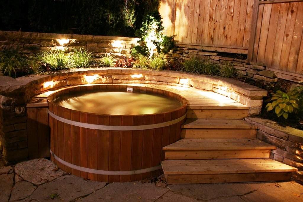 Northern Lights Cedar Tubs - Quality Cedar Hot Tubs